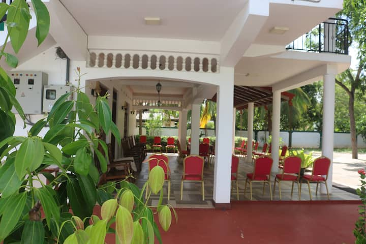 Olka Resort (Clean and tidy accommodation)