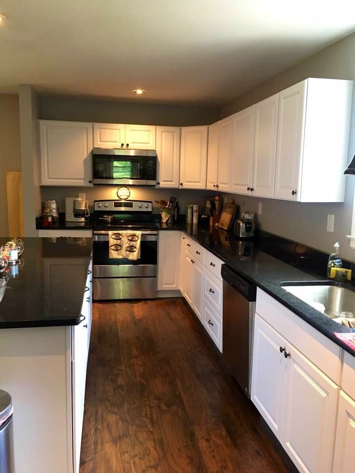 Access to our fully equipped kitchen with stove/microwave/fridge/dishwasher