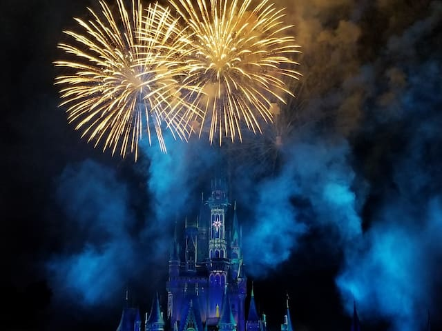 Lakeside guest suite&Disney fireworks every night