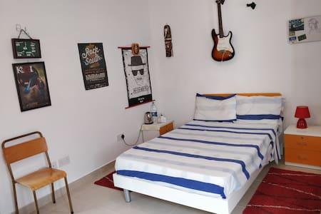 Single room in Centre of Malta