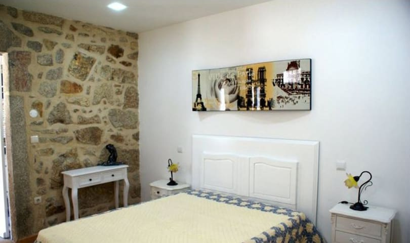House rental with pool in Viana do Castelo, by iZiBookings