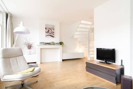 Sunny Maisonette in Buzzing East! - Amsterdam - Apartment