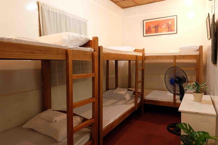 Balay sa Isok - Room No. 6