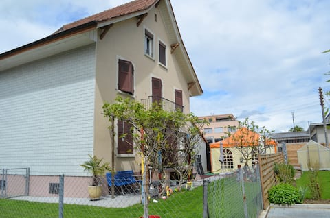 Ruhige Oase, 2 Zimmer Wohnung Biel/Bienne