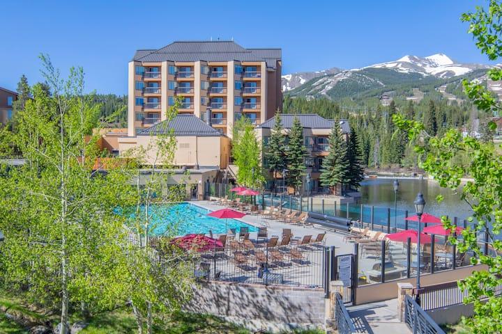 7767   Ski-in/out Peak 9, Olympic Heated Pool!