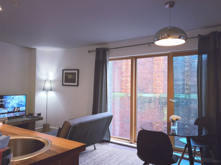 Deluxe Apartment in Sheffield Central