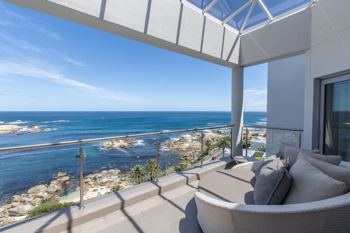 Atlantic luxury holiday villa