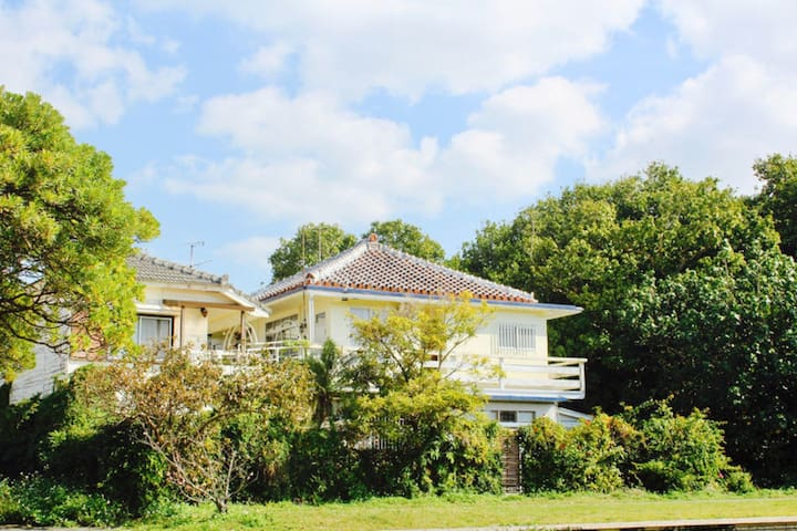 Right by Nago Beach!FREE Wi-Fi ,1 Bed Room(10㎡)