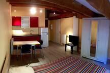 Magnifique Studio de 24 m2 à 12 km d'Aix