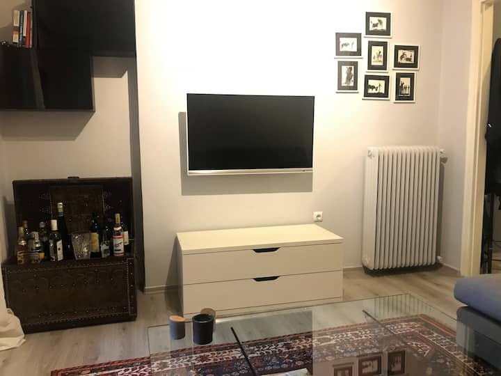 Beautiful apartment with private garden and BBQ