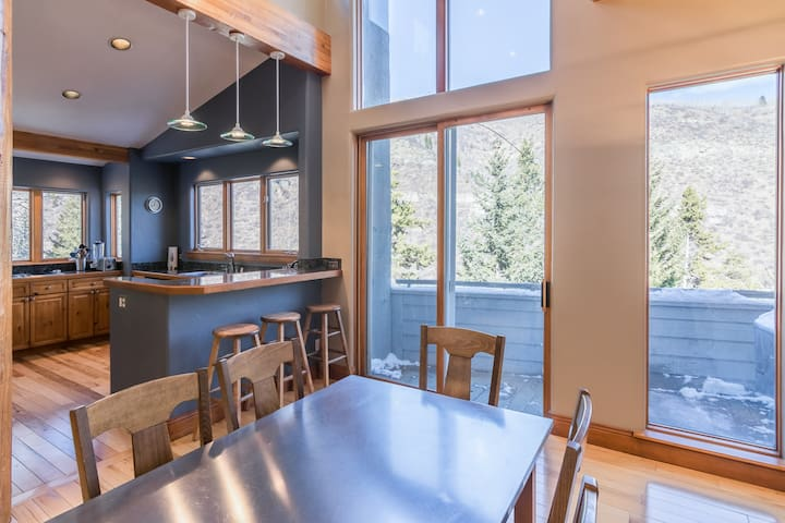 Updated, open and airy kitchen to prep breakfast, lunch and dinner