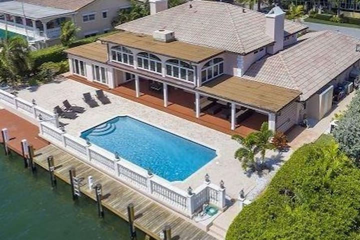 Gorgeous Waterfront Estate w/ Private Pool