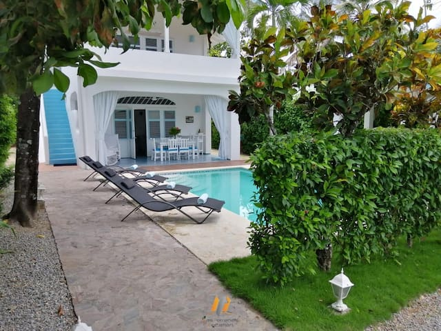 YUCCA2 - Charming villa / 80M beach / pool / wifi