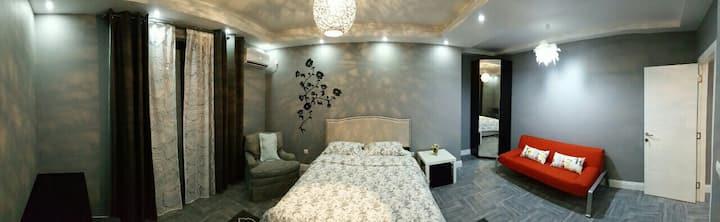 Leonora's Luxury apartment 1