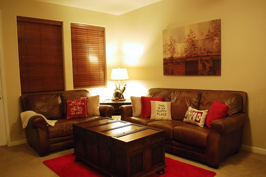 Cozy living room to relax and enjoy your evening.