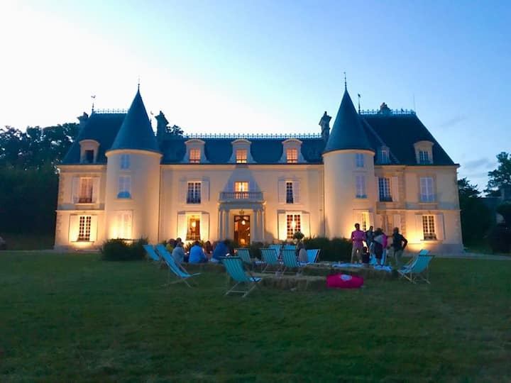 Mansion with 10 bedrooms in Champeaux-sur-Sarthe, with indoor pool, enclosed garden and WiFi