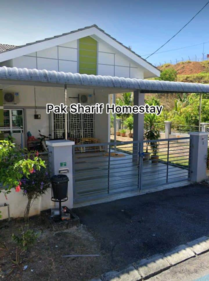 Pak Sharif Homestay