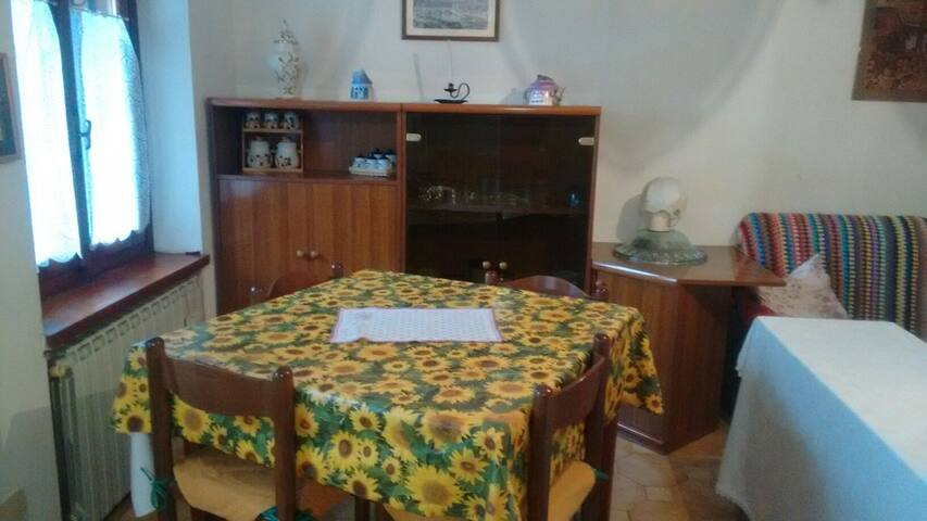 Lovely house in Brusson - Amorevole casa a Brusson