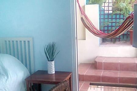 413 Getaway! - Rincón - Apartament