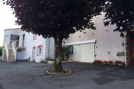 Puy Du Fou - Chambre Privée - Saint-Michel-Mont-Mercure