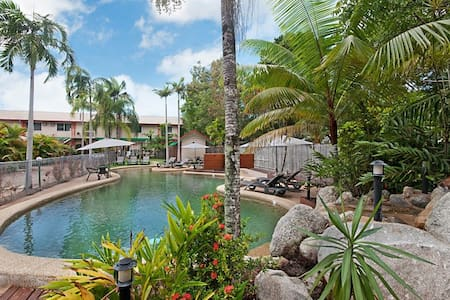 A One Bedroom Apartment @ the Lychee Tree - Port Douglas - Byt