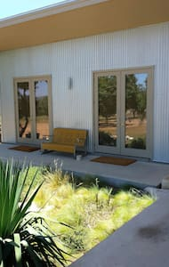 La Paloma in the Hill Country II - Comfort - Guesthouse