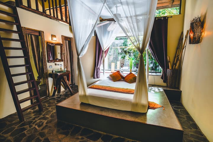 CANAIMA CHILL HOUSE, Eco Chic Suite Loft #4A