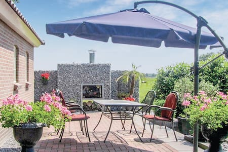 Holiday cottage with 1 bedroom on 30m² in Elsloo
