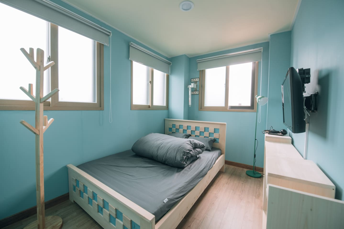 one hinoki wooden bed with latex mattress