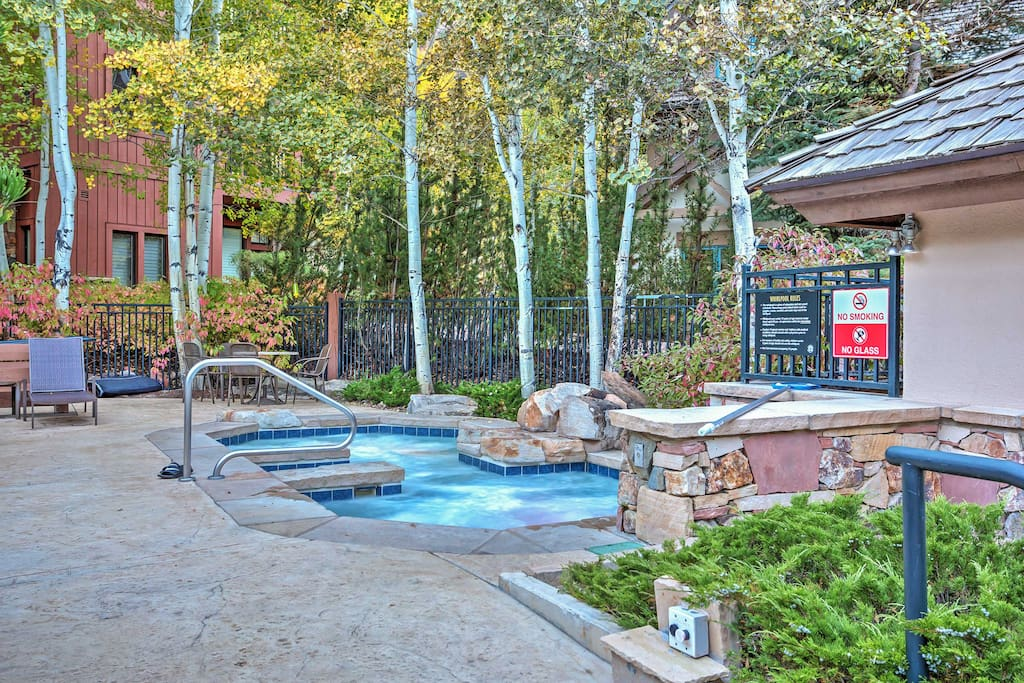 Nestled in the Arrowhead community, this condo grants you access to a community pool and hot tub.