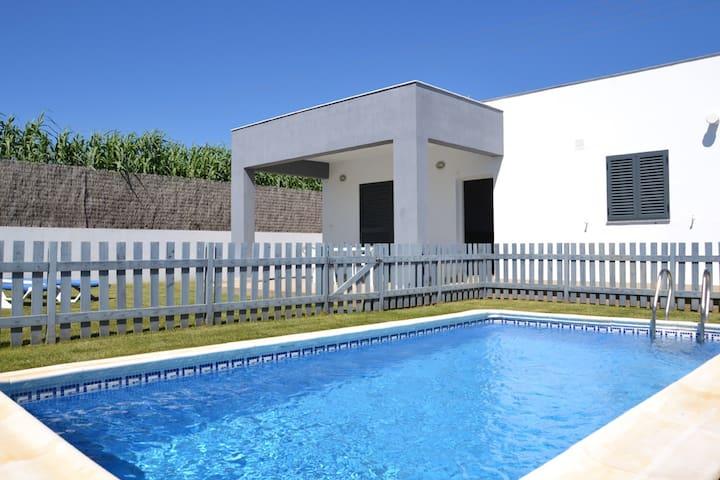 Casa verde piscina parking jardín - Conil de la Frontera - Dom