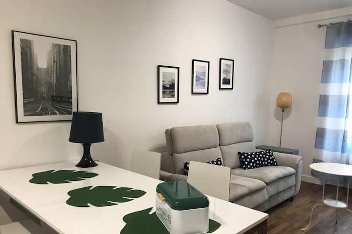 Confortable studio au coeur du village de Nogent