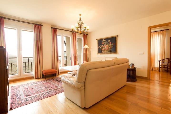 Apartamento 4 dormitorios Lujo