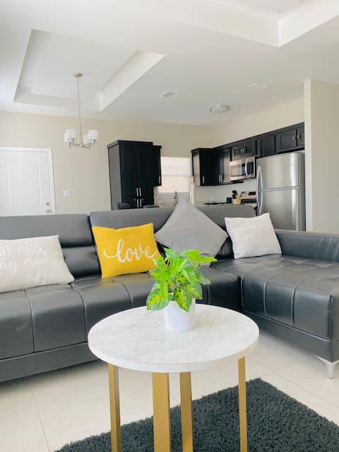 #1 *BRAND NEW* Luxurious Apartment 2BD/2B!