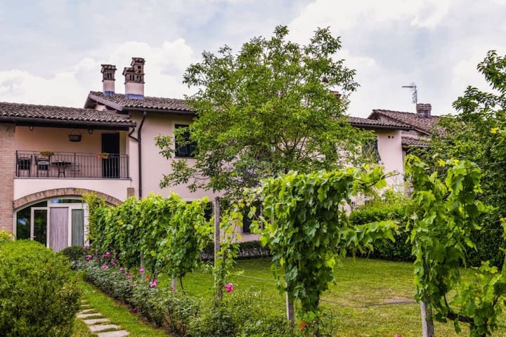 Cascina Folletto Suite con Terrazza