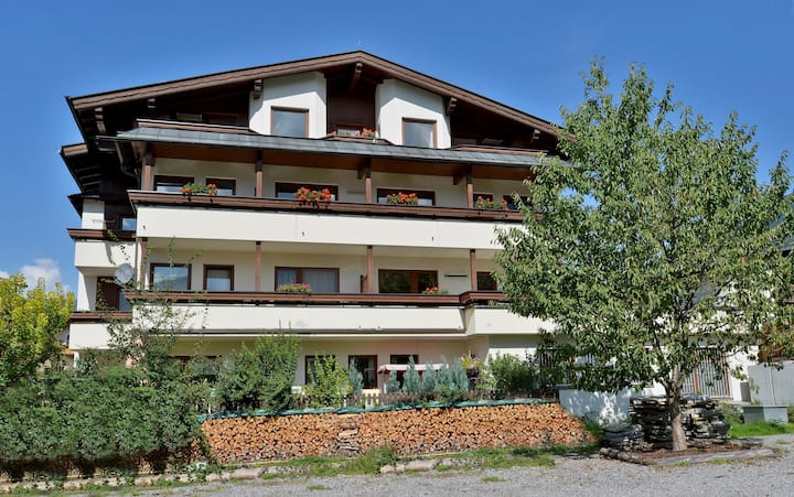 """""""Apartmenthaus Zentral 2er App"""" near the Ski Area with Mountain View, Wi-Fi & Balcony; Parking Available"""