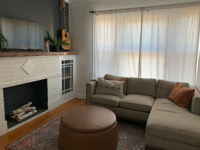 100% Private Apt in the Heart of Lincoln Square!