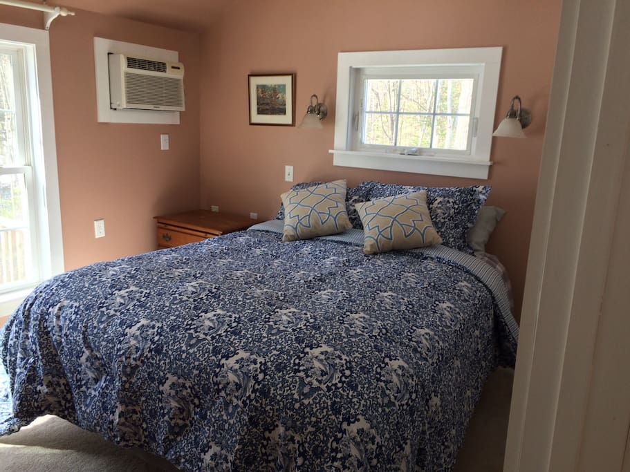 airy bedroom with A/C