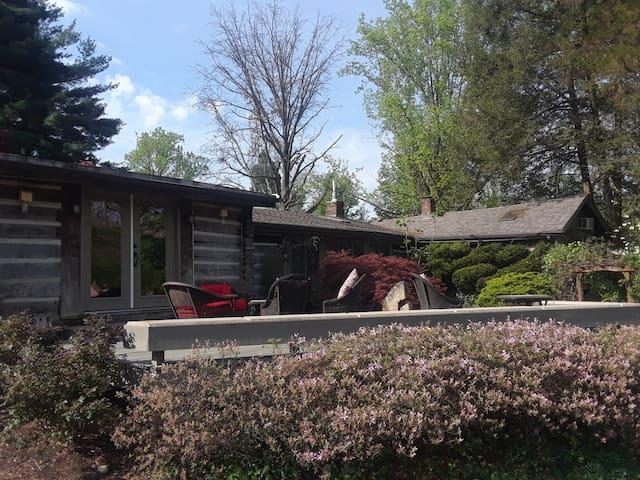 Harrods Creek Lodge