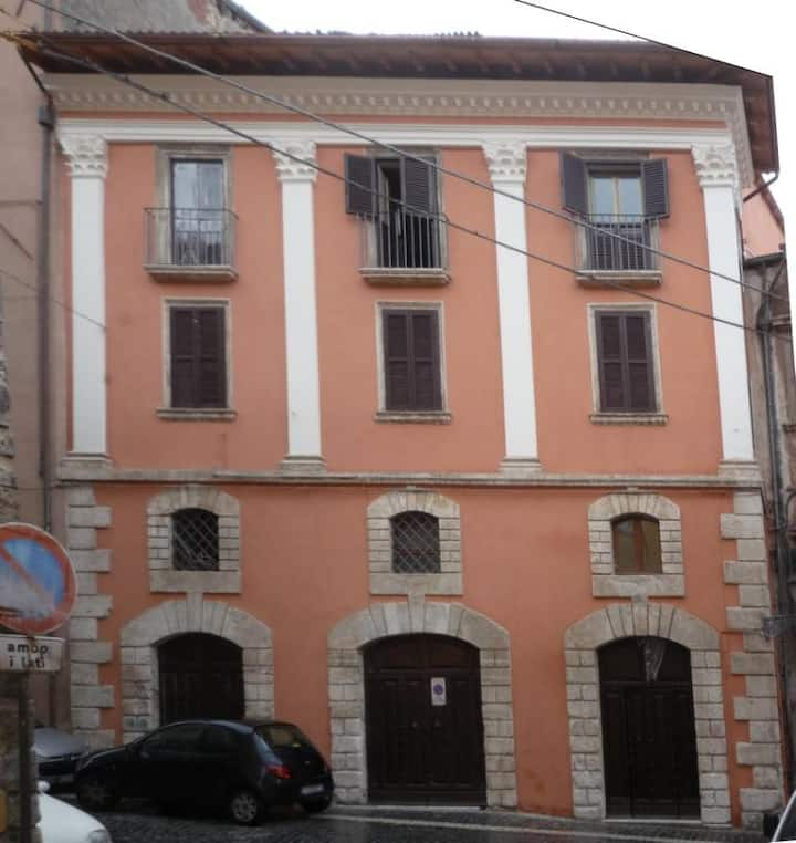 VIA DEI CORDONI HISTORICAL HOUSE