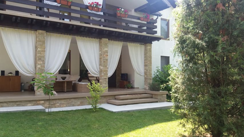 Apartament in vila Mamaia sat - Mamaia-Sat