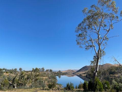 Meadowbank Retreat