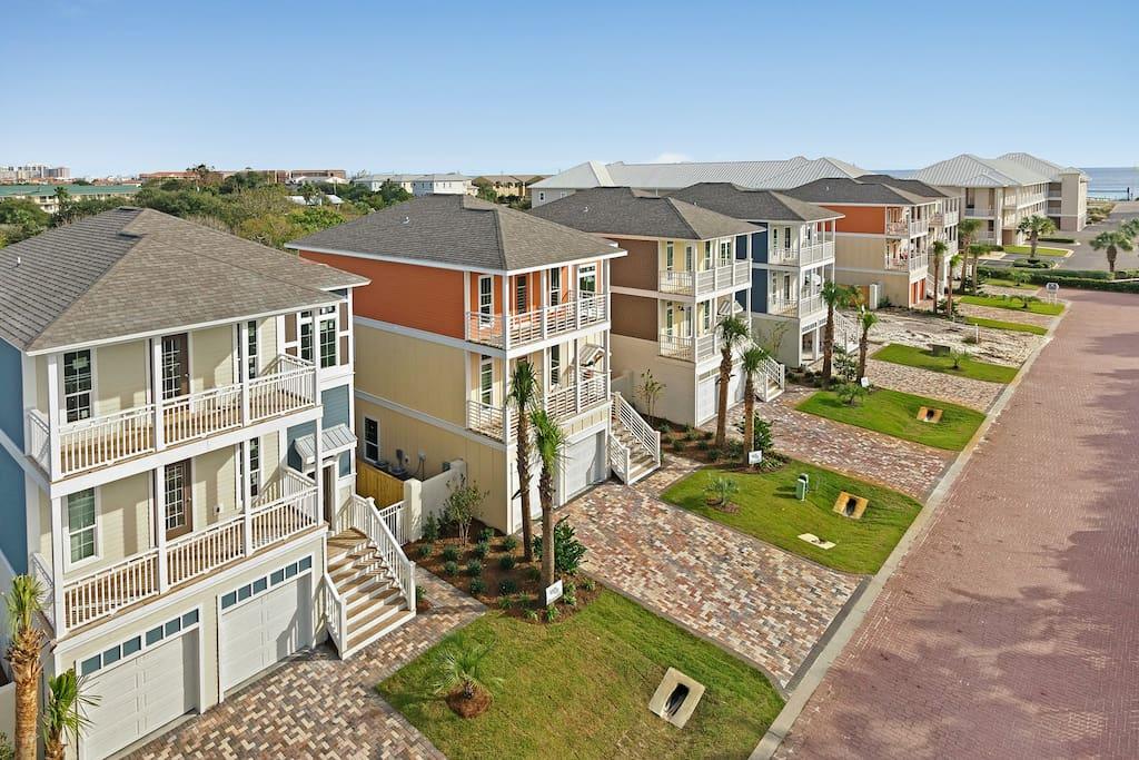 Destin 5 Br Pool Walk Beach Golf Cart Houses For Rent In Miramar Beach Florida United States