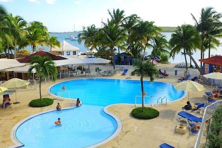 Appartement vue sur lagon Baie Nettle Saint Martin - Baie Nettle - Wohnung