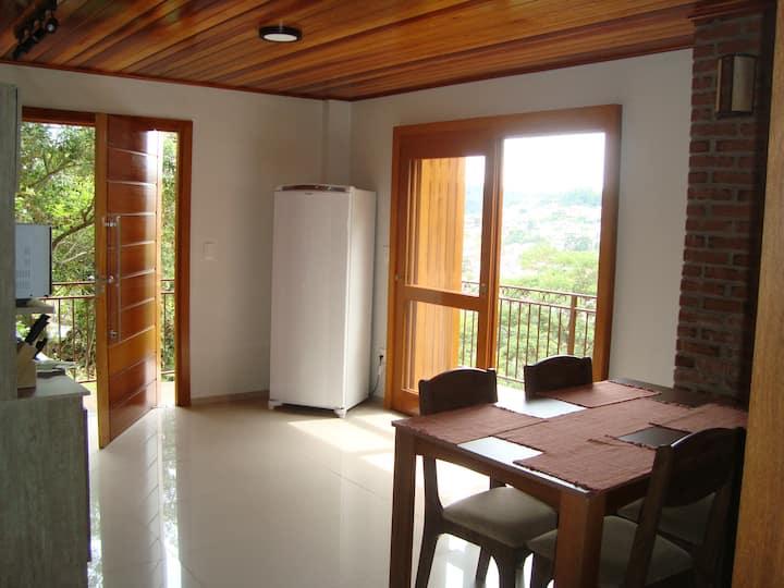 Sua casa em Gramado - wifi - 1km da Rua Coberta