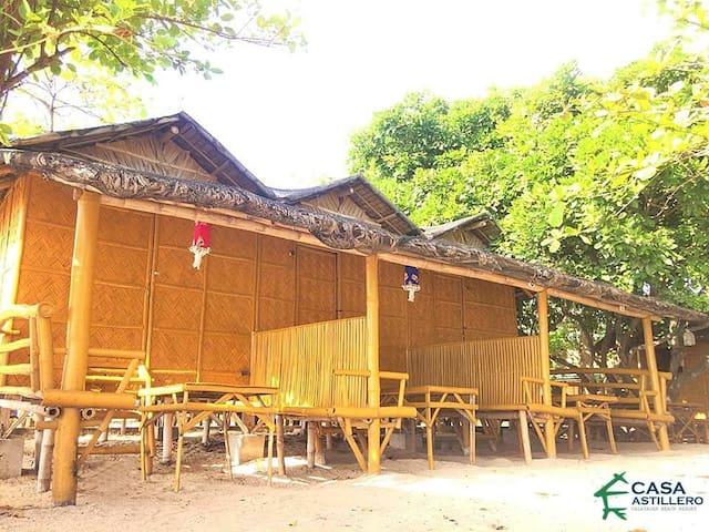 Kubo Kabana 2, Calatagan Batangas, Casa Astillero