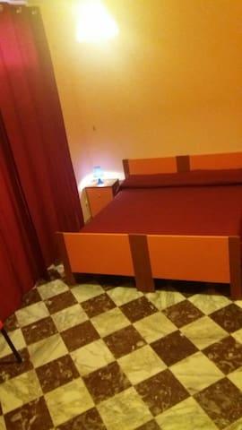 3^ camera con letto matrimoniale e singolo