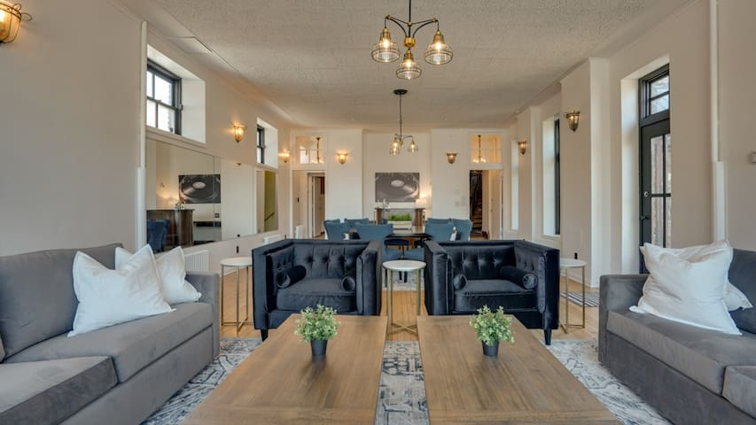 Minnestay* Dwntwn's ONLY Private Home|Vikings|Corp