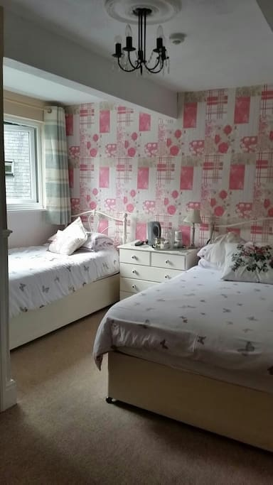 Bed And Breakfast Bowness On Windermere Family Room