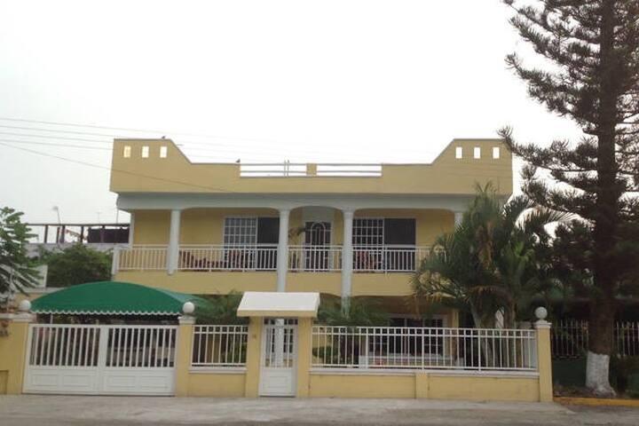 """La Casa de Laya B&B room #202 Loc """"EL RAUDAL"""""""